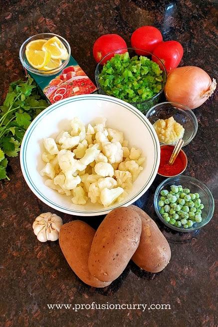 Display of ingredients needed to make Mumbai street style delicious pav bhaji