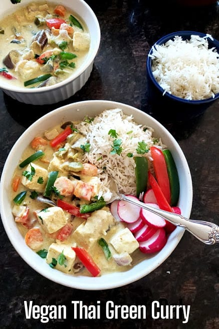 Pinterest image for Easy Vegan Thai Green Curry.