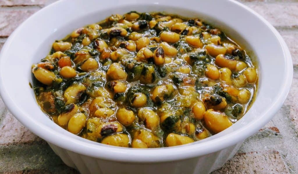 Black Eyed Peas and Spinach Stew