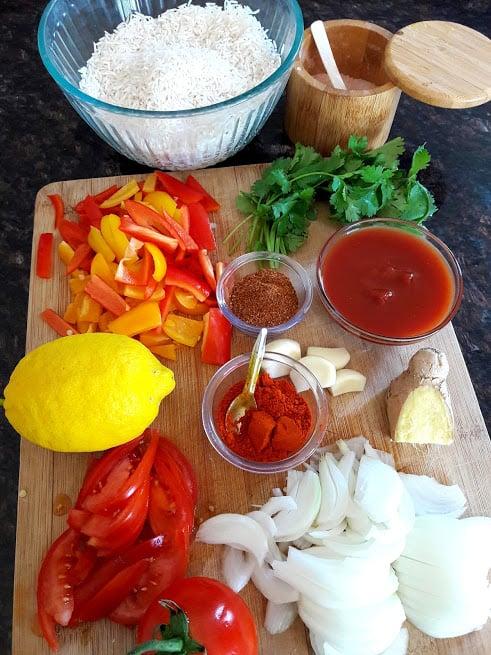 Tawa Pulao ingredient display.